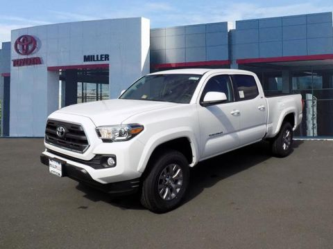 New Toyota Tacoma SR5 Double Cab 4x4 V6 Long Bed