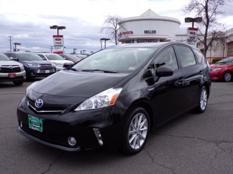 Certified Used Toyota Prius v Five