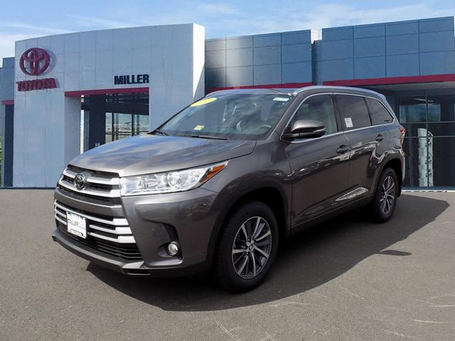 new 2017 toyota highlander xle awd v6 4d sport utility in manassas m172193 miller toyota. Black Bedroom Furniture Sets. Home Design Ideas