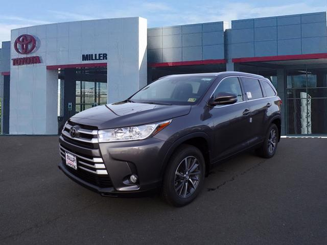 New 2019 Toyota Highlander XLE AWD V6