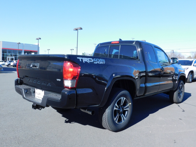 new 2017 toyota tacoma trd sport access cab 4x4 v6 automat 4d access cab in manassas m172440. Black Bedroom Furniture Sets. Home Design Ideas