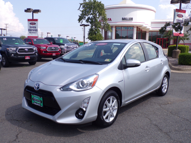 Certified Pre Owned 2015 Toyota Prius C In Manassas P1884 Miller