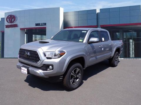 New 2018 Toyota Tacoma TRD Sport Double Cab 4x4 V6 Short Bed Automatic