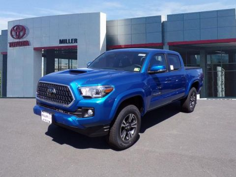 New 2018 Toyota Tacoma TRD Sport Double Cab 4x4 V6 Short Bed Manual