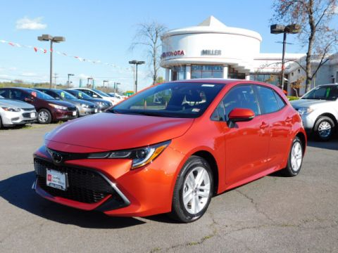 Certified Pre-Owned 2020 Toyota Corolla Hatchback SE